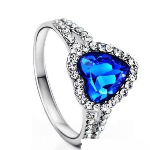 Szív köves gyűrű, 9
