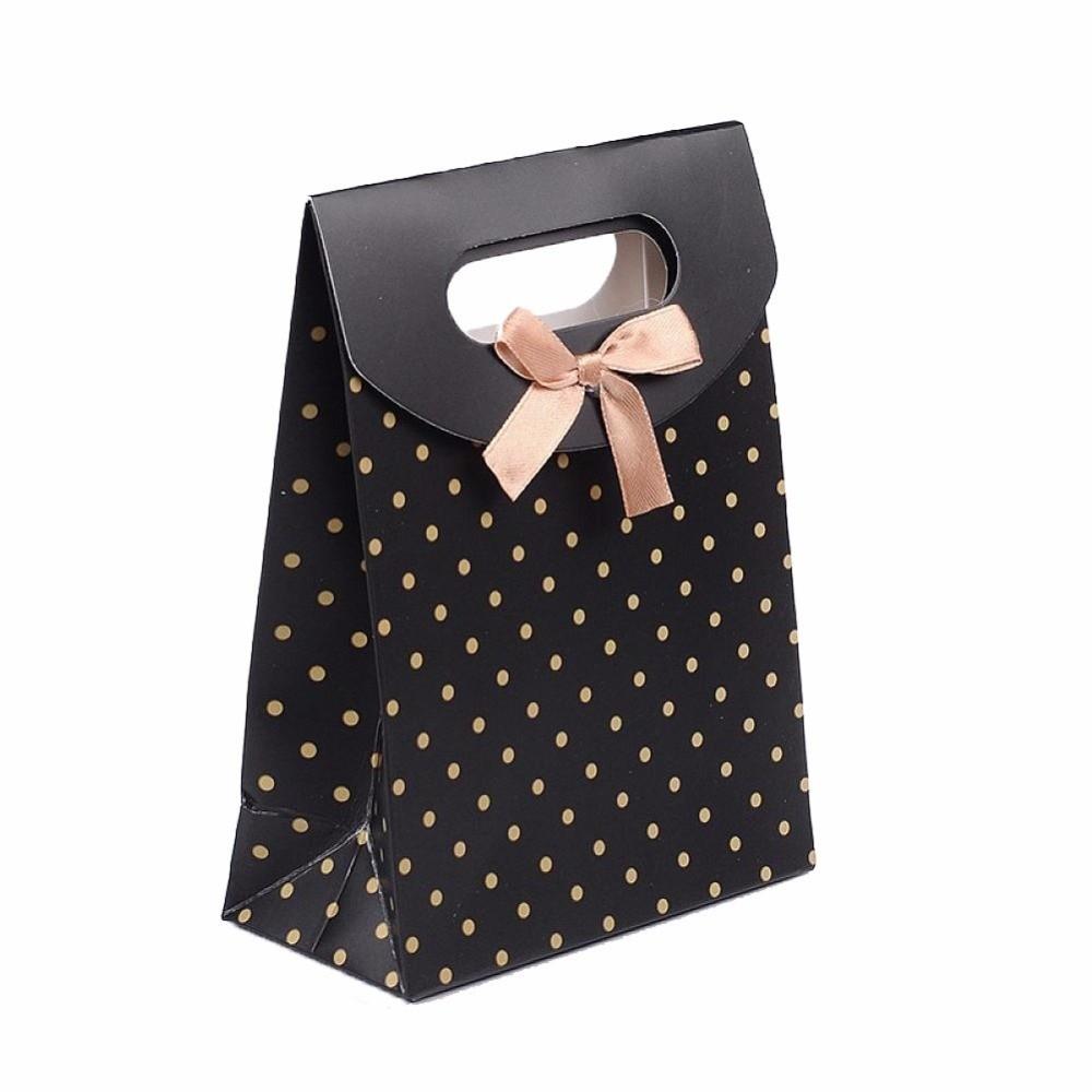 5e743e770e Fekete ajándék táska arany pöttyökkel, tépőzáras, karton, masival ...
