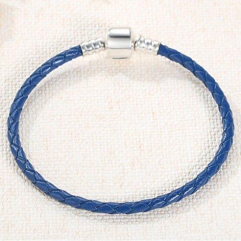Fonott karkötő, bőr, kék, ezüst kapoccsal, 20 cm