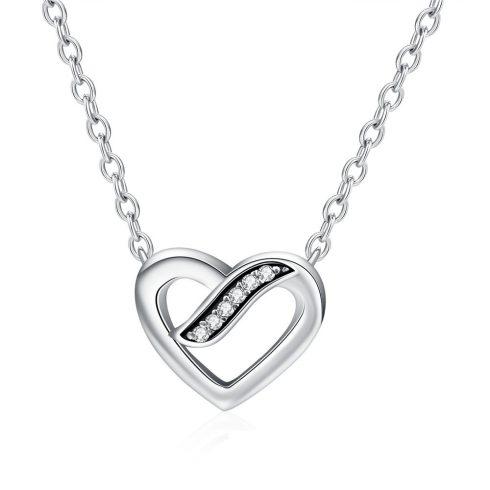 Ezüst nyaklánc strasszos szívvel