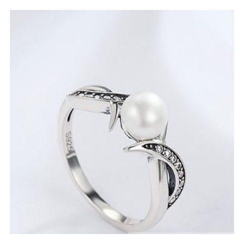 Ezüst gyűrű gyönggyel, 7-es méret