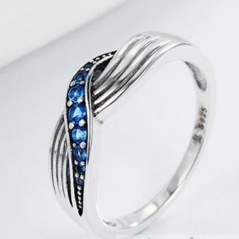 Kék fonatos ezüst gyűrű, 8-as méret