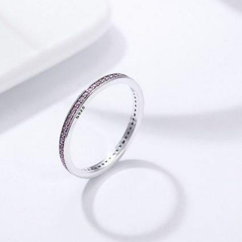Ezüst gyűrű kristályokkal, lila, 7-es méret (Pandora stílus)