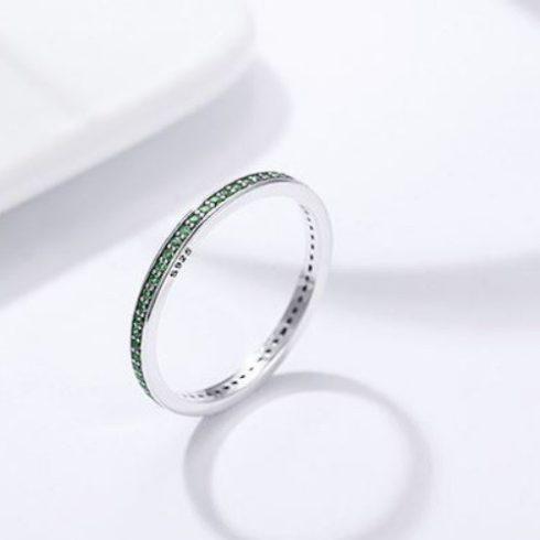 Ezüst gyűrű kristályokkal, zöld, 6-os méret
