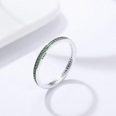 Ezüst gyűrű kristályokkal, zöld, 8-as méret (Pandora stílus)