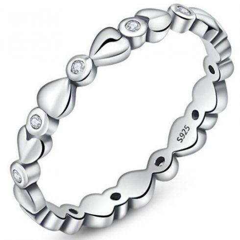 Ezüst gyűrű kristályokkal, fehér, 7-es méret (Pandora stílus)