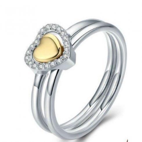 Ezüst gyűrű szív alakú díszítéssel, 6-os méret