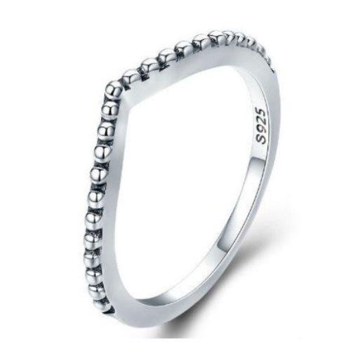 Ezüst gyűrű kristályokkal, csepp alakú, 7-es méret (Pandora stílus)