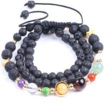 Fekete lávaköves karkötő színes gyöngyökkel