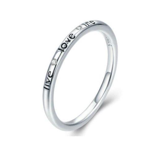 Ezüst gyűrű felirattal és kristálykövekkel, 7-es méret