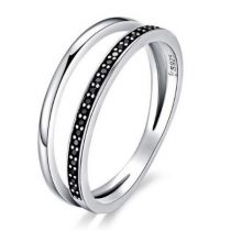 Ezüst gyűrű kristályokkal, fekete, 6-os méret (Pandora stílus)