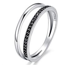 Ezüst gyűrű kristályokkal, fekete, 8-as méret (Pandora stílus)