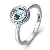 Ezüst gyűrű kék kristállyal, 8-as méret