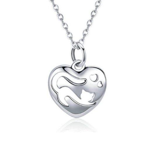 Ezüst nyaklánc macskás szív medállal