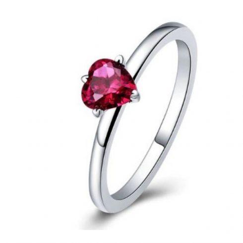 Ezüst gyűrű piros szívvel, 8-as méret