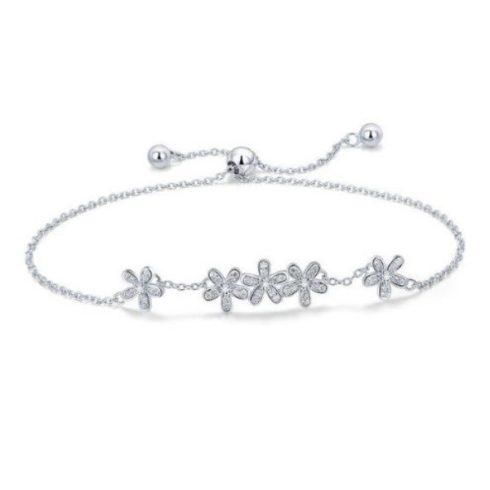 Ezüst karkötő virágokkal, fehér kristállyal (Pandora stílus)