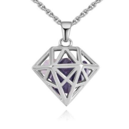 Nyaklánc gyémántkristály formájú, áttört medállal, tanzanit