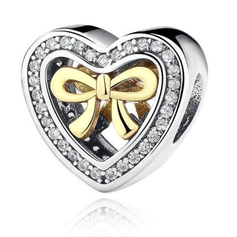 Ezüst szív charm masnival, kristályokkal