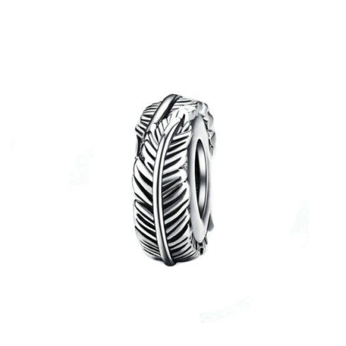 Ezüst gyöngy charm tollas mintával -  Pandora stílus