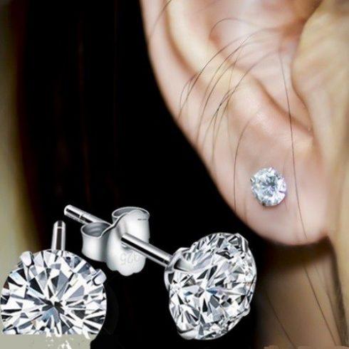 Ezüst fülbevaló fehér cirkónia kővel