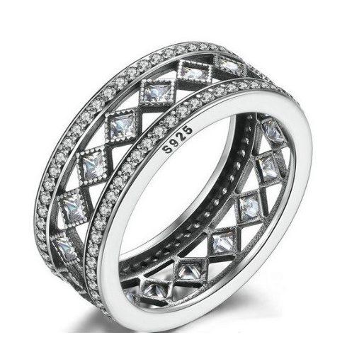 Rombusz köves ezüst gyűrű, 8